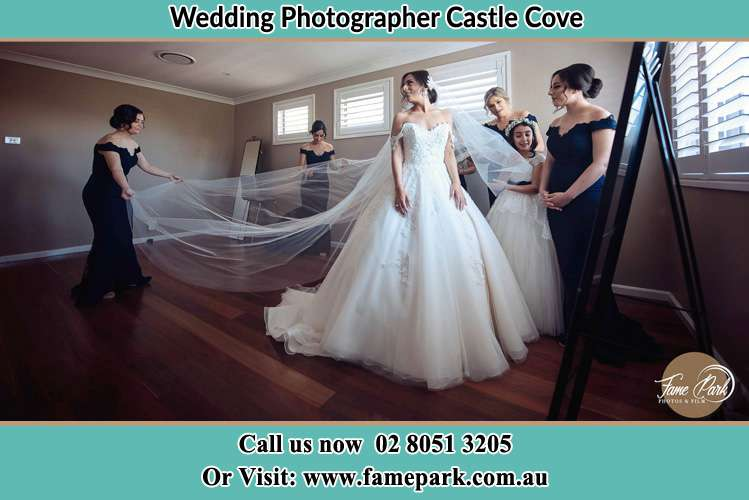 Photo of the Bride and the secondary sponsor preparing Castle Cove NSW 2069