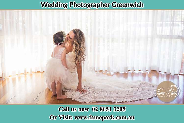 Photo of the Bride kiss the flower girl Greenwich NSW 2065